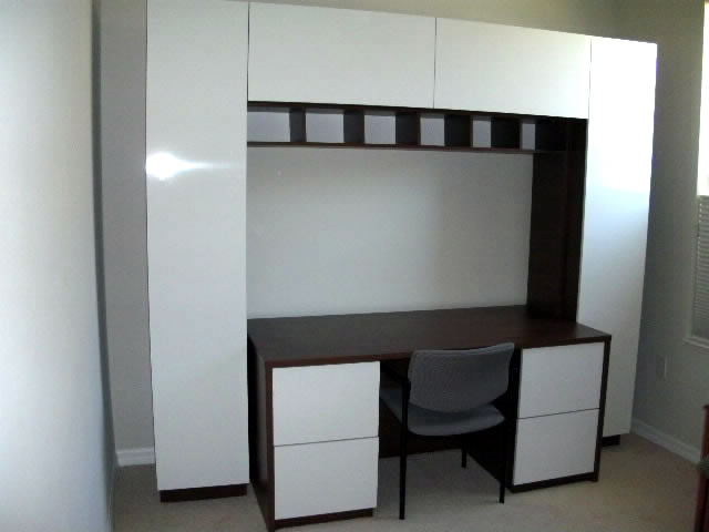 Davidson Desk in Java and White
