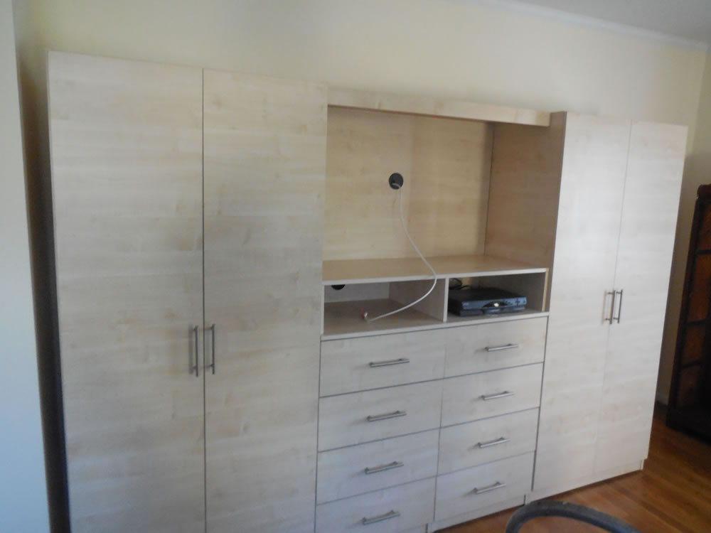 Aventa Tv Wall Unit
