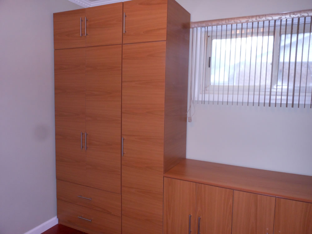 Free Standing Wardrobe Closets In Livingston